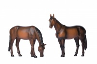 G Scale Horses Standing and Grazing
